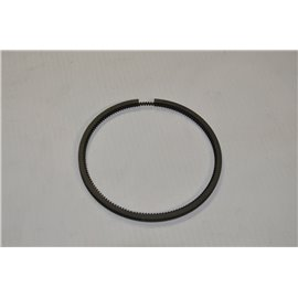 The piston ring 1500 II Polonez 125p oil grinding