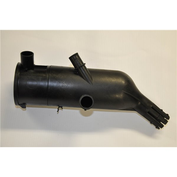 Engine air vent from 1.9 GLD Polonez